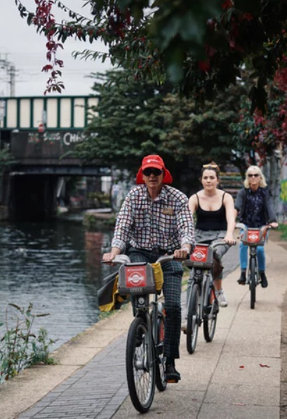Low-carbon-footprint, green cycle holidays and short breaks in and around London.